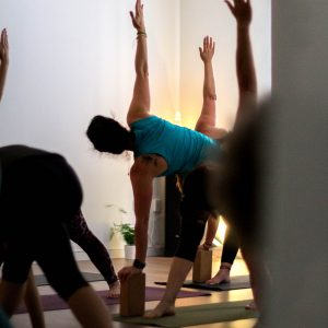 Clases de Vinyasa Yoga en Madrid